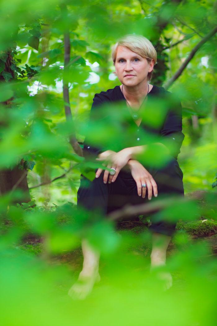 Sylvia Dallhammer in grün